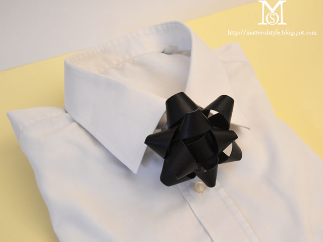 Matter Of Style leather gift bow tie