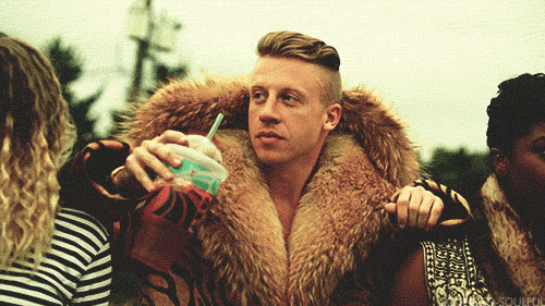MACKLEMORE-THRIFT-SHOP-FEAT.-WANZ-1