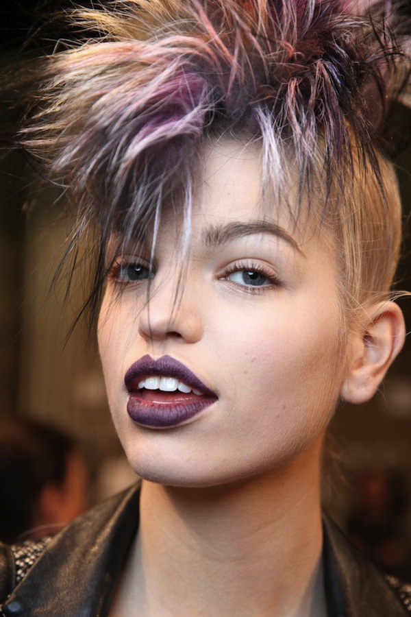 WWD-fendi-fall-2013-backstage-beauty-hair-1
