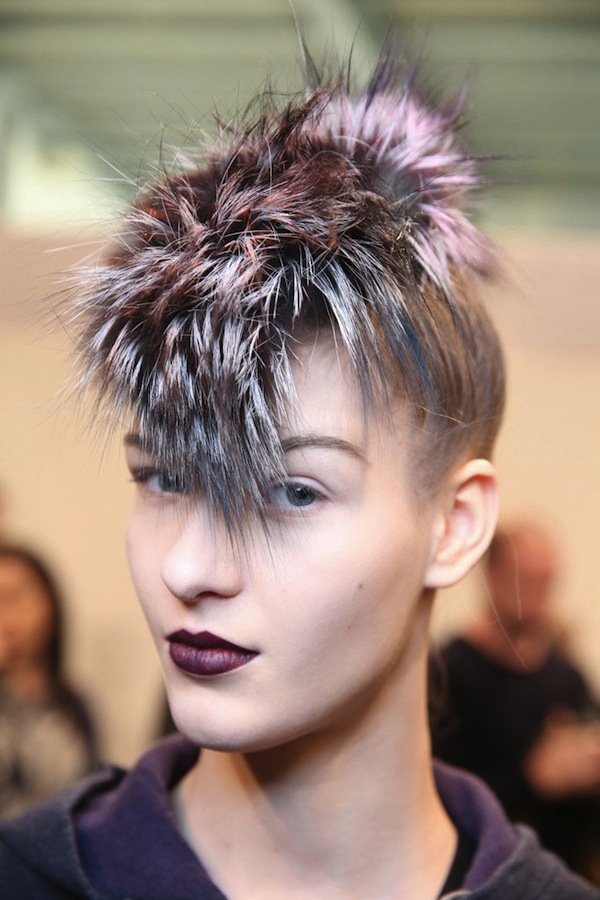 WWD-fendi-fall-2013-backstage-beauty-hair-4