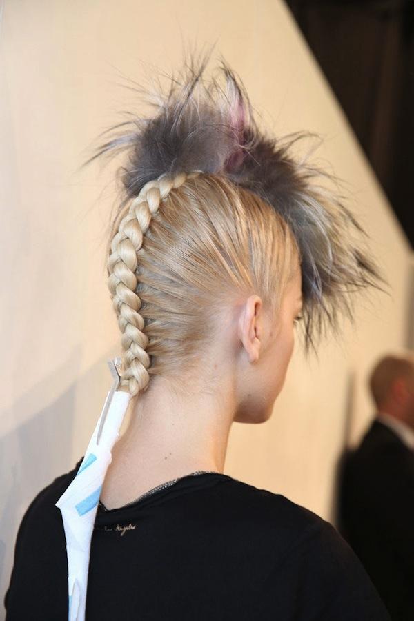 WWD-fendi-fall-2013-backstage-beauty-hair-5