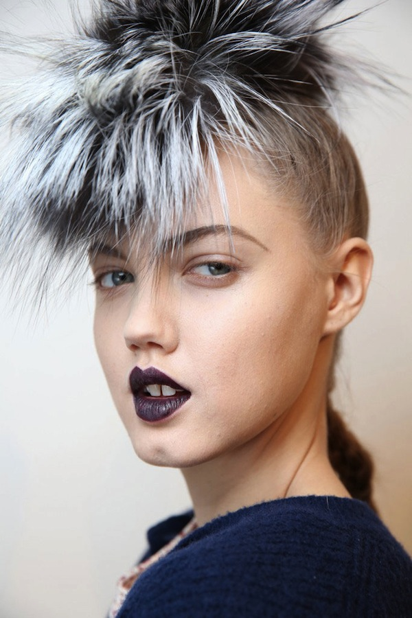 WWD-fendi-fall-2013-backstage-beauty-hair-8