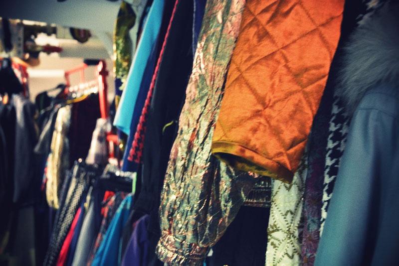 Virtage-vintage-Nexus-pukuvuokraamo-OutiLesPyy-6