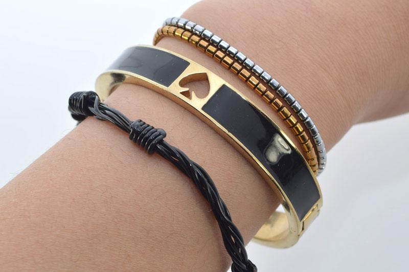 studsandpearls-diy-barbwire-bracelet-2