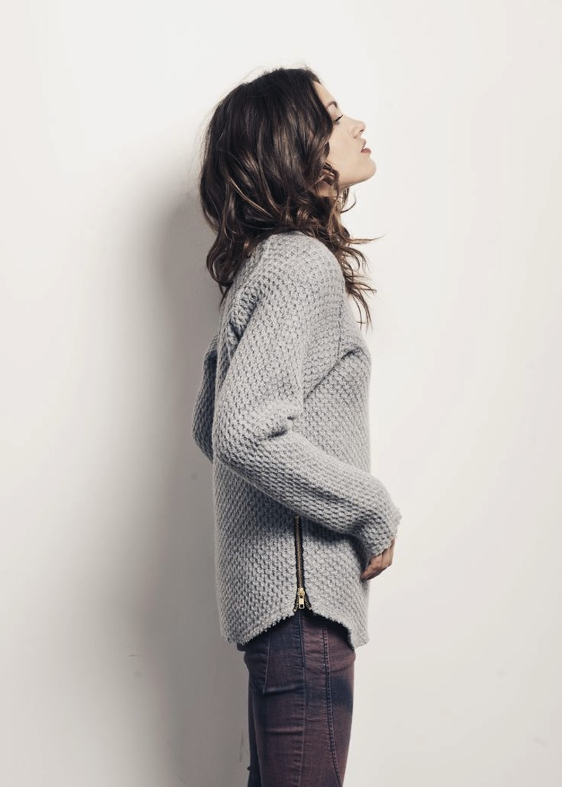 zipper sweater 4