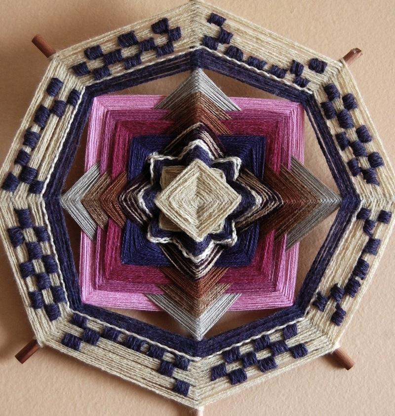 The Ojo de Dios Gods Eye weawing crafts 12