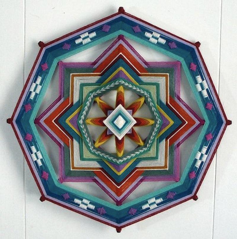 The Ojo de Dios Gods Eye weawing crafts 13