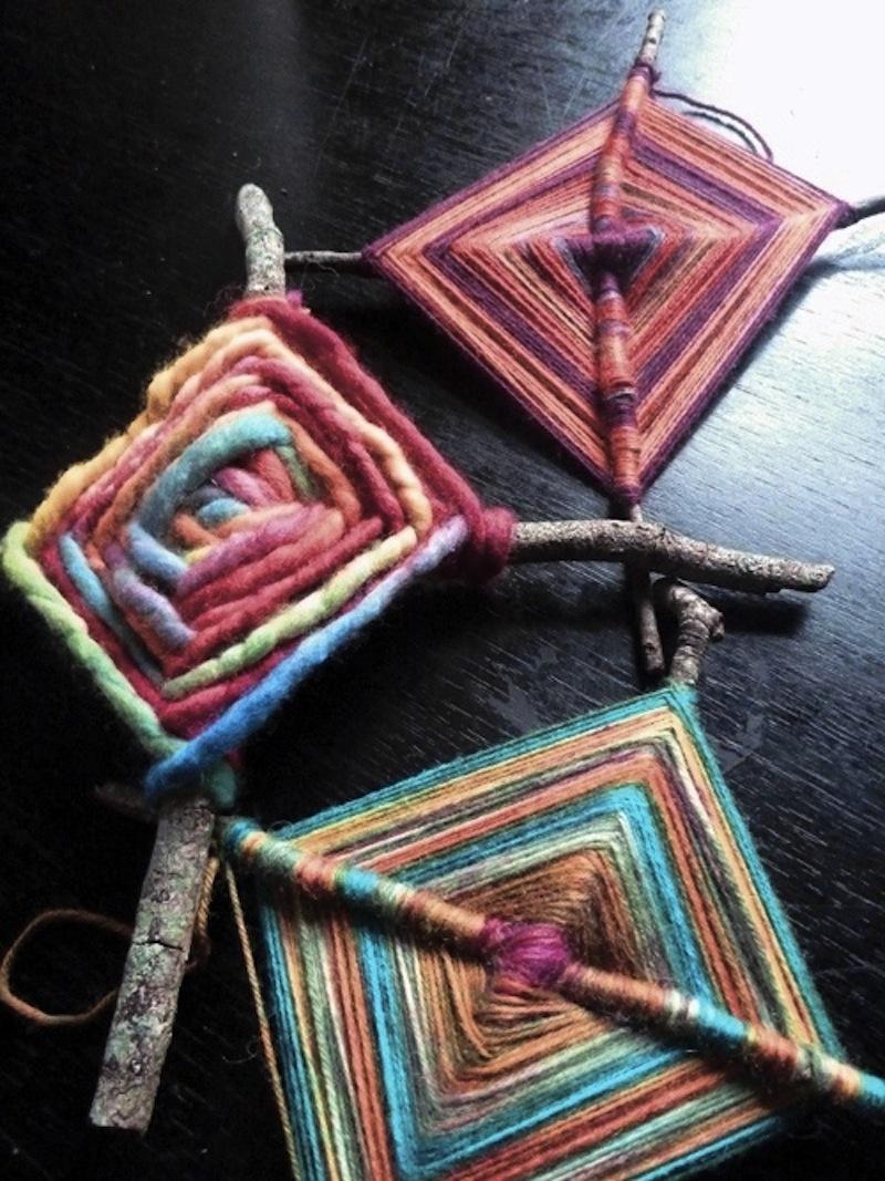 The Ojo de Dios Gods Eye weawing crafts 14
