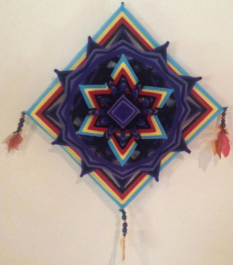 The Ojo de Dios Gods Eye weawing crafts 3