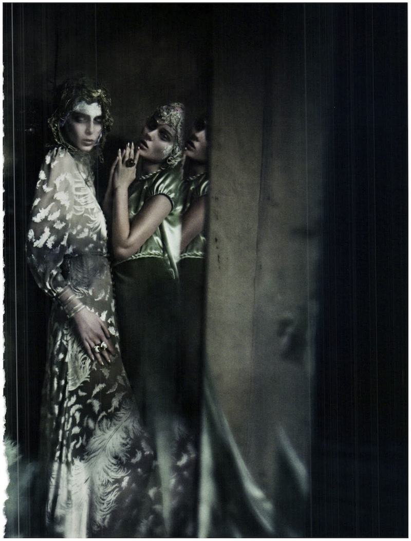 frida-gustavsson-monika-jagaciak-and-kristina-salinovic-by-paolo-roversi-the-haute-couture-vogue-italia-september-2011 18