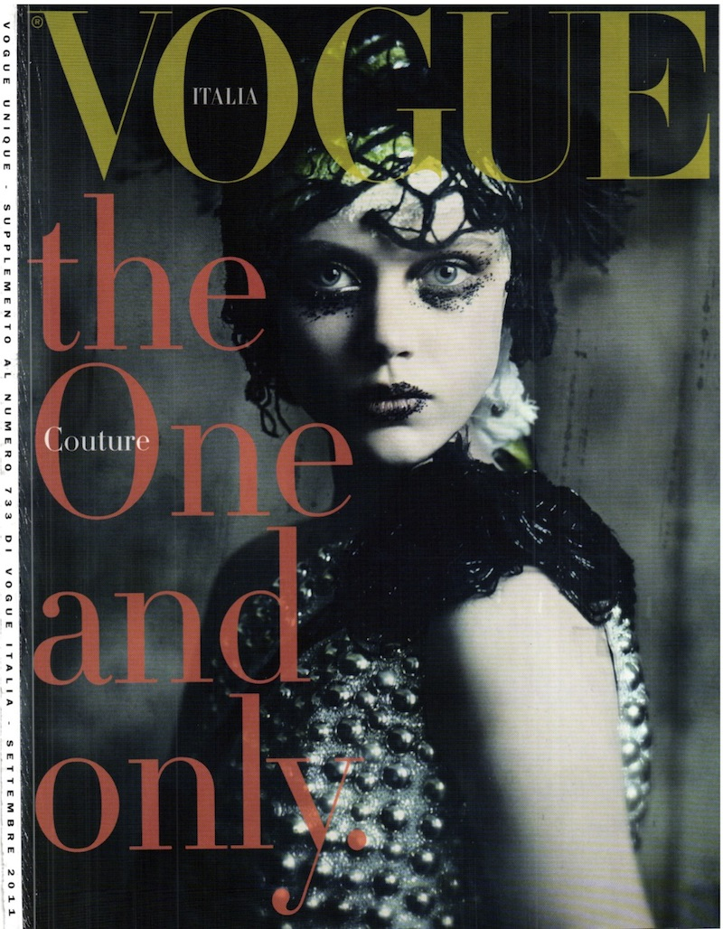 frida-gustavsson-monika-jagaciak-and-kristina-salinovic-by-paolo-roversi-the-haute-couture-vogue-italia-september-2011 4