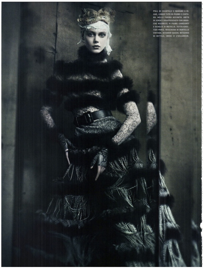frida-gustavsson-monika-jagaciak-and-kristina-salinovic-by-paolo-roversi-the-haute-couture-vogue-italia-september-2011 6