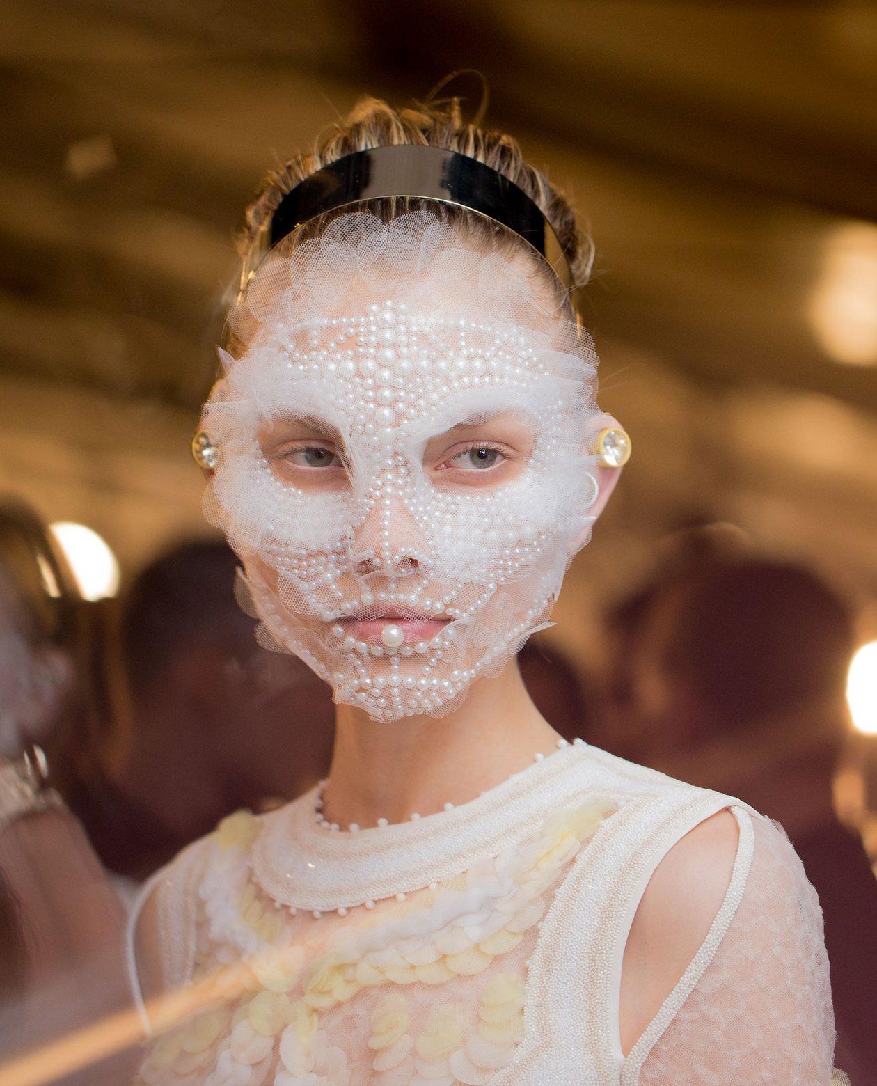 Givenchy makeup SS16 15