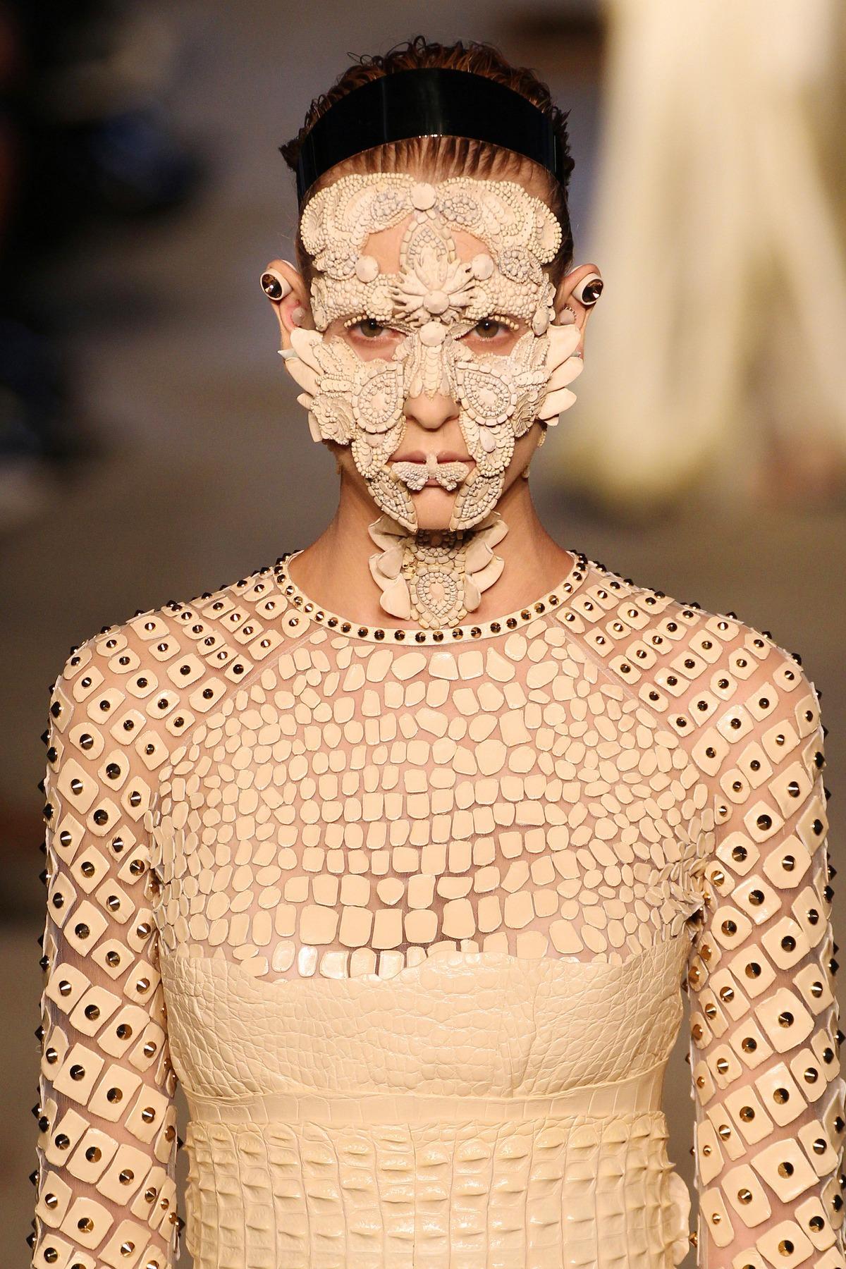 Givenchy makeup SS16 17