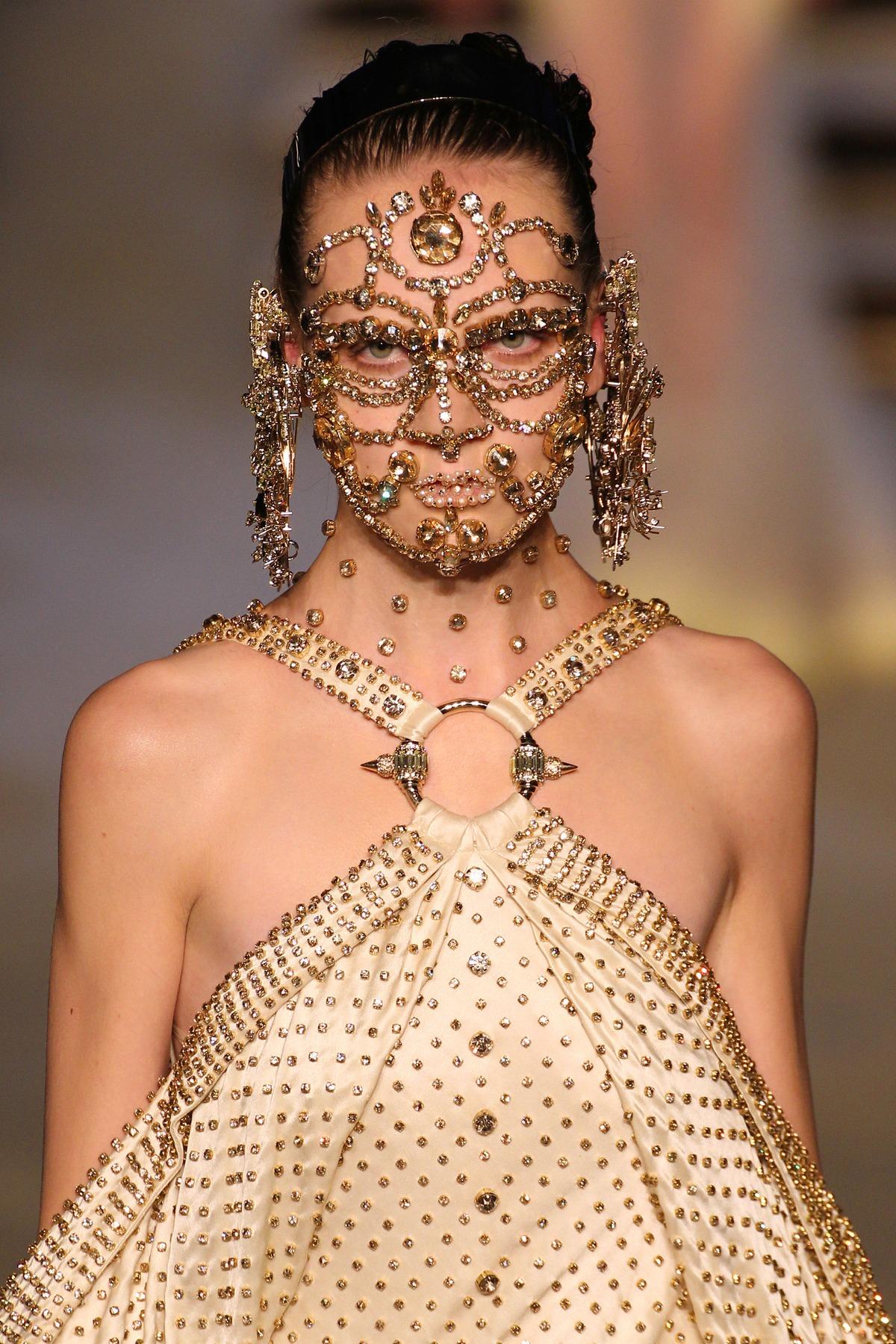 Givenchy makeup SS16 19