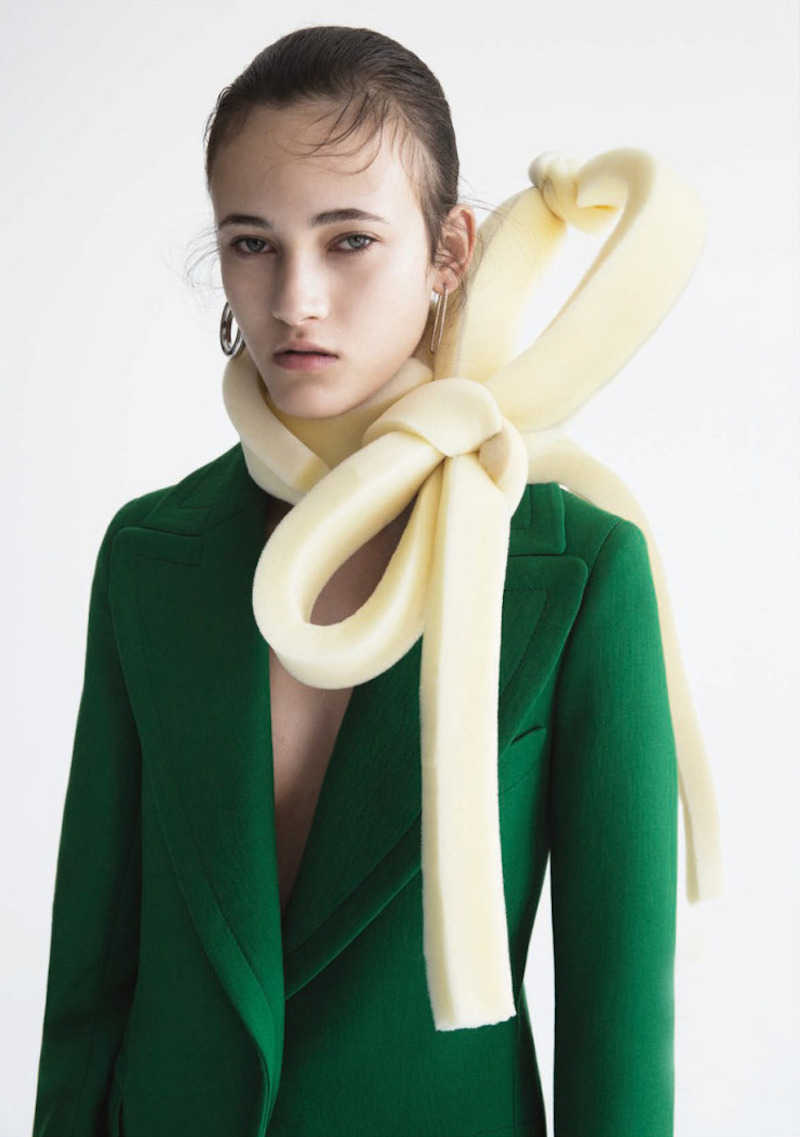foam bow editorial styling
