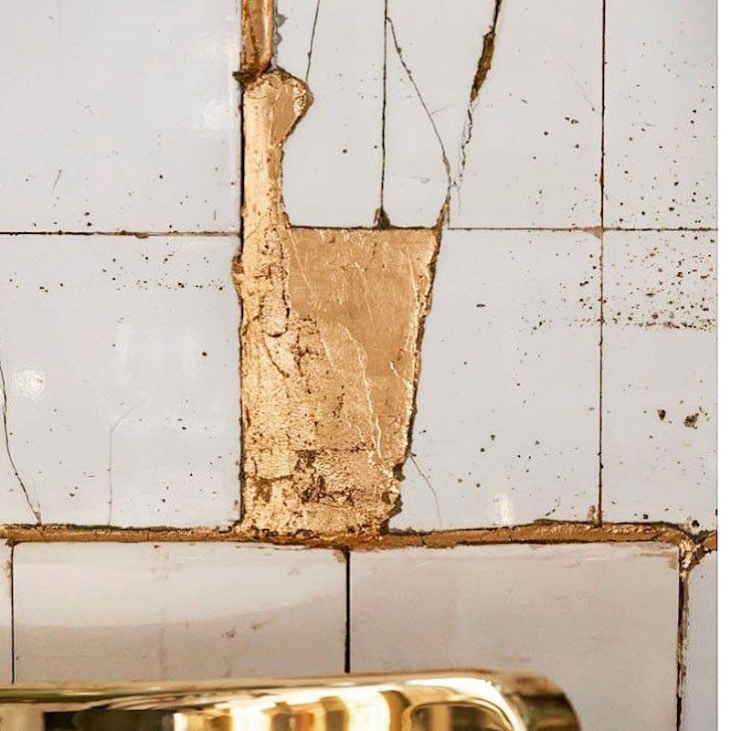 gold repair wall tile