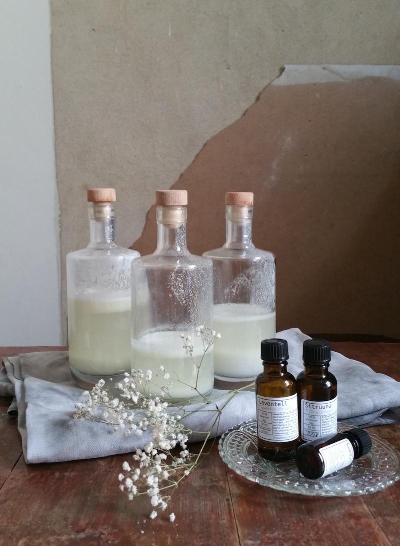 nestemäinen pyykki pesuaine pesusooda saippua castile rokasooda ekologinen puhdistus diy napue