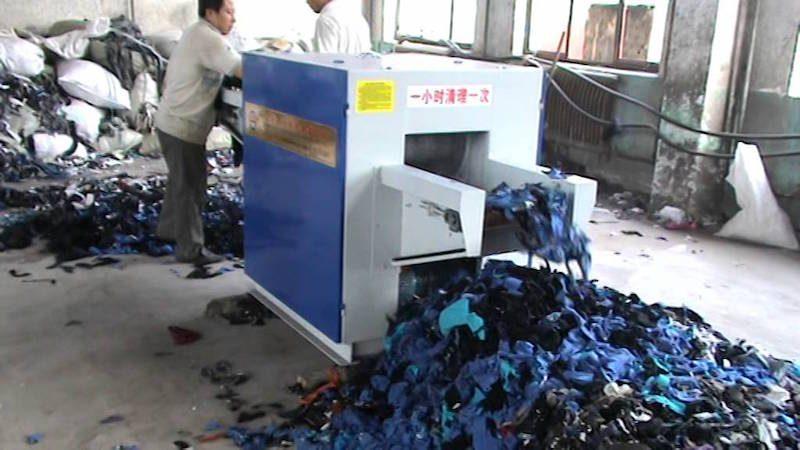 elastaani kierrätys ongelma vaatteet tekstiilikierrätys kiertotalous mikromuovi