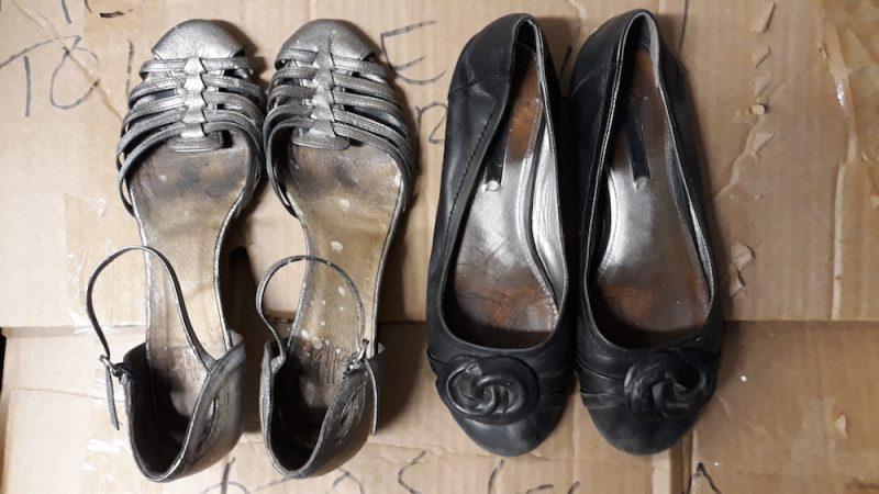 Vaatteiden kaatopaikkakielto hämmentää yhä – näin kierrätät rikkinäiset sukat oikein
